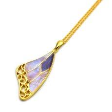 グラデーションが美しい蝶の羽のペンダント(ゴールド)【Psyche|プシュケ】