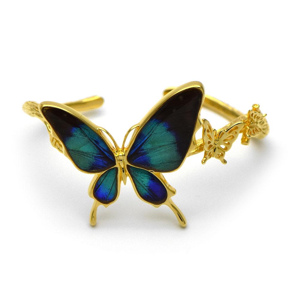 グリーンのグラデーションが美しい蝶のバングル034(ゴールド)