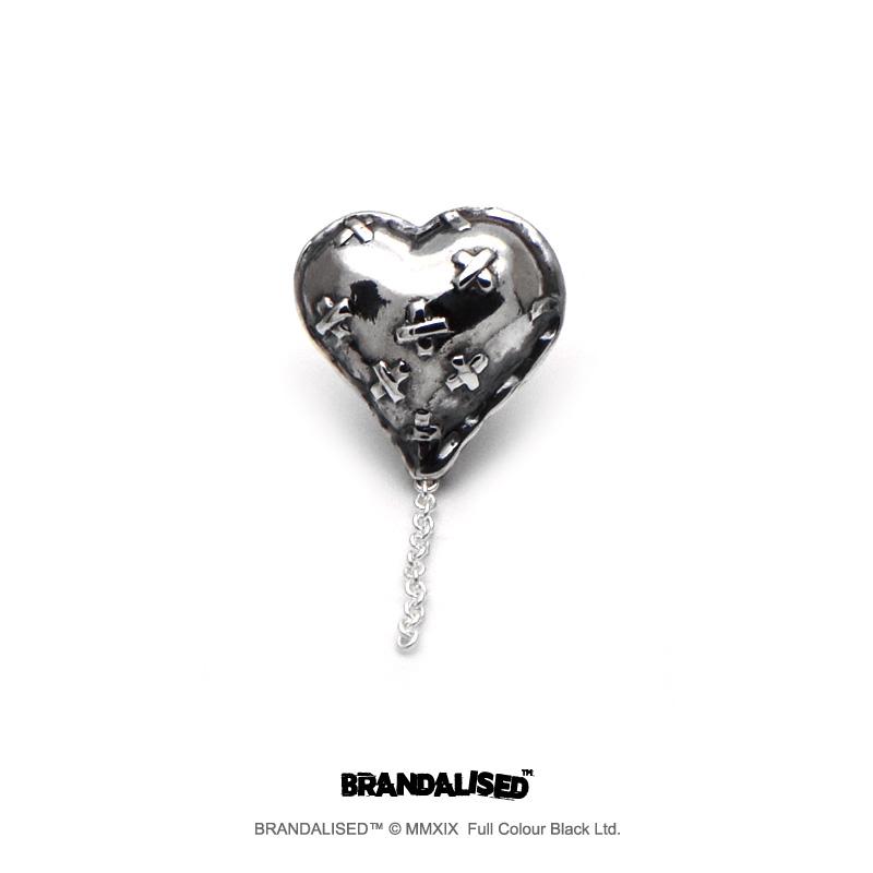 [ブランダライズド 公式コラボアクセサリー] バンクシー バンドエイドハートピアス 【cooldust×BRANDALISED™】